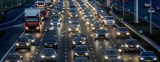 snelweg-5-baans-file