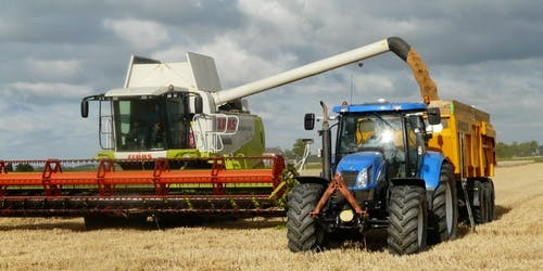 pexels-free-harvest-grain-combine-arable-farming-163752
